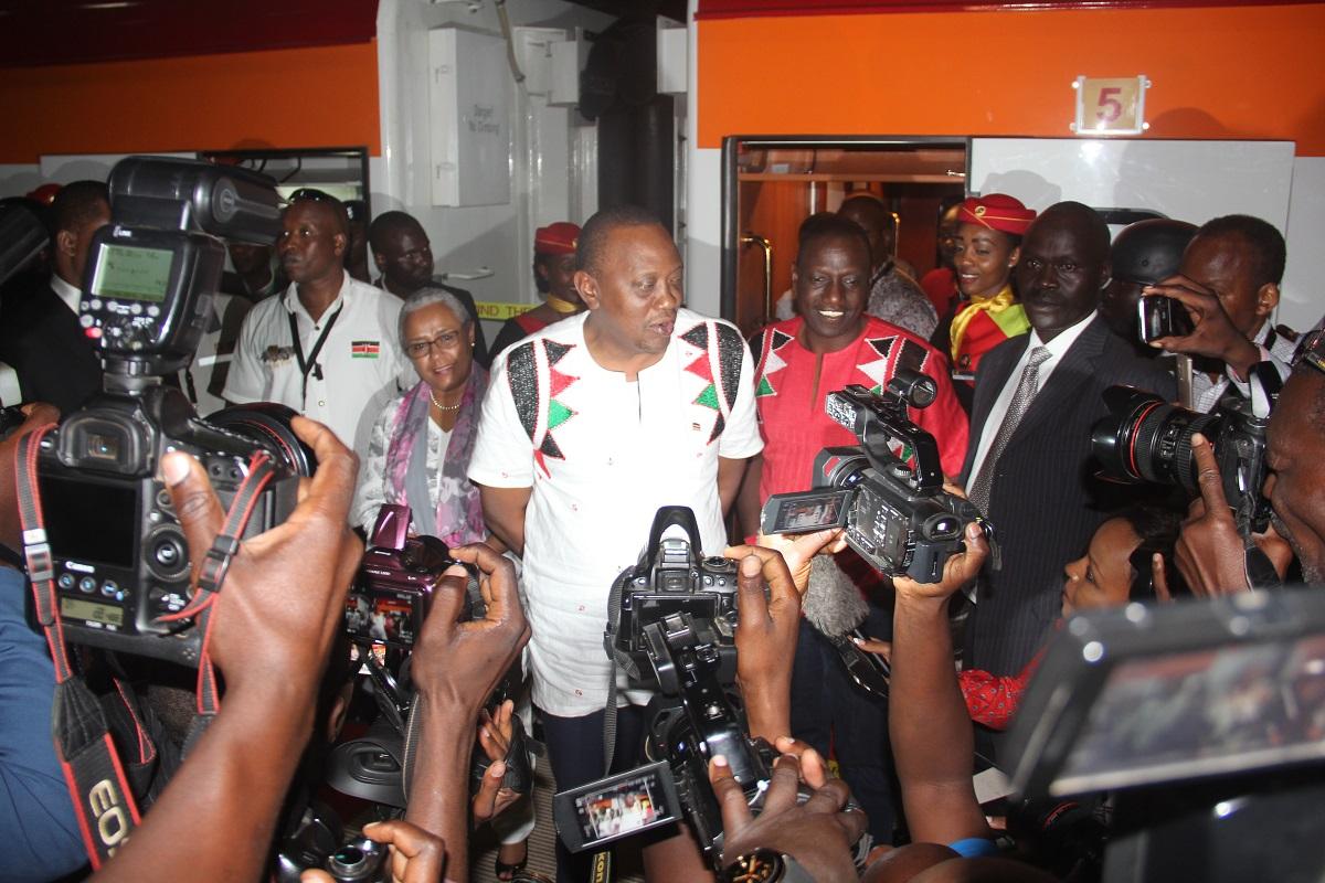 President Uhuru alights from the Madaraka Express.