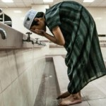 muslims-wash-before-pray_bd01355360db3c3e